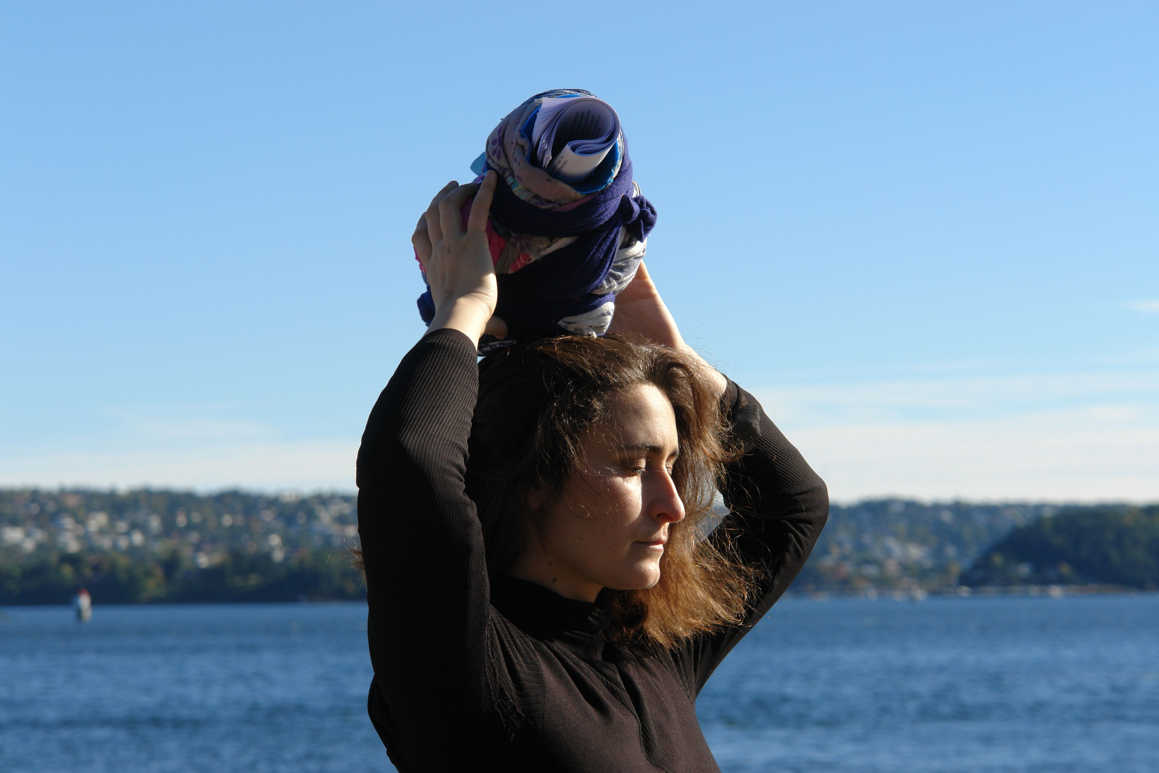 Elena Aitzkoa, Headscarfs close to the ground. Perf…rigo Ghattas